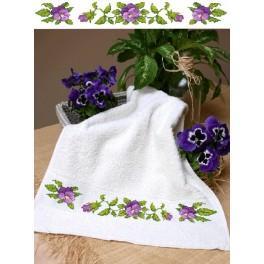 GC 4664 Wzór graficzny - Ręcznik z bratkami - Haft krzyżykowy