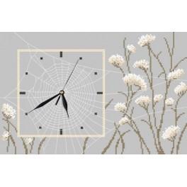 W 8667 Wzór graficzny online - Zegar z pajęczyną