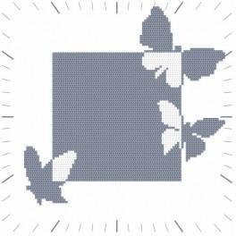 GC 8674 Wzór do haftu drukowany - Zegar z motylami