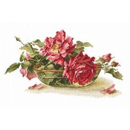 Zestaw z muliną - Róże w misce