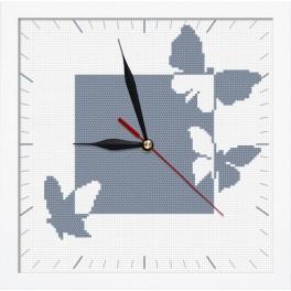 Zestaw z muliną, koralikami, zegarem i ramką - Zegar z motylami