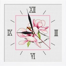 Zestaw z muliną, koralikami, zegarem i ramką - Zegar z magnolią