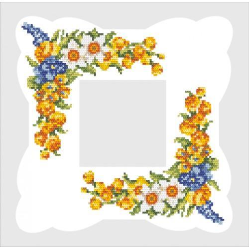 Zestaw z muliną i serwetką - Serwetka z wiosennymi kwiatami
