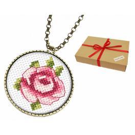 Zestaw prezentowy - Medalion z różą