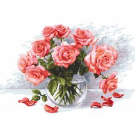 Zestaw z nadrukiem i muliną - Tajemnicze róże