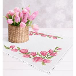 Zestaw z muliną i serwetką - Serwetka z tulipanami