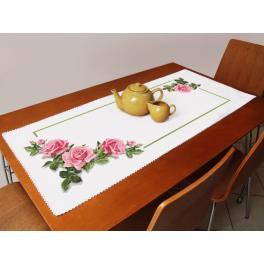 ZU 10176 Zestaw do haftu - Bieżnik z różami 3D