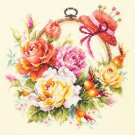 Zestaw z muliną - Róże dla hafciarki
