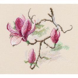 Zestaw z muliną - Kwiaty magnolii