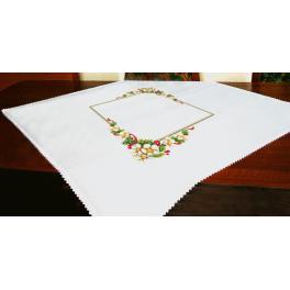 ZU 10196 Zestaw do haftu - Obrus - Świąteczny obrus z kwiatkami
