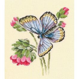 Zestaw z muliną - Motyl na delikatnym kwiatku