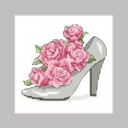 ZU 10326-01 Zestaw do haftu - Kartka - Bucik z różami